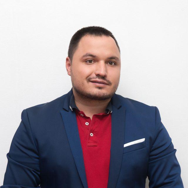 Александър Миланов