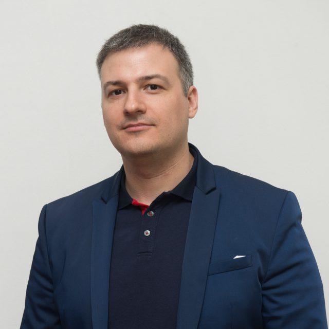 Д-р Иван Вецев