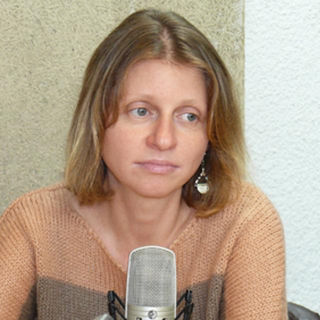 Анна Любенова